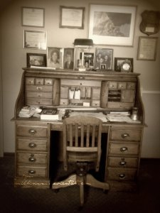 Grandpa's Desk by mrsnikkisixx